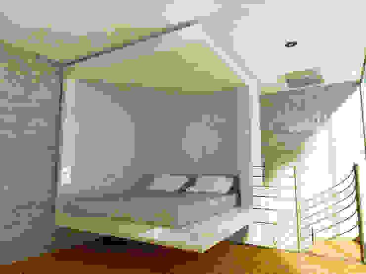 AREA DE CAMA Dormitorios minimalistas de DLR ARQUITECTURA/ DLR DISEÑO EN MADERA Minimalista
