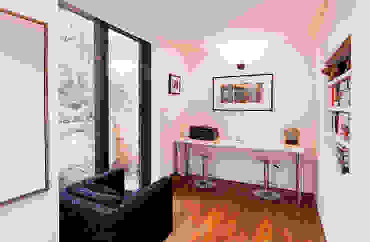 Extension & House Renovation SW18 - London Modern dining room by Diamond Constructions Ltd Modern