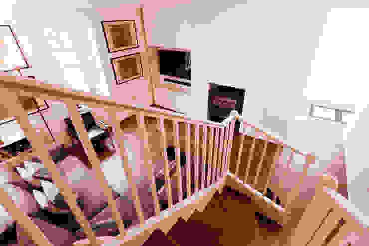 Extension & House Renovation SW18 - London Diamond Constructions Ltd Modern corridor, hallway & stairs