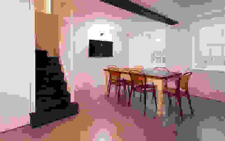 Extension & House Renovation SW18—London Modern dining room by Diamond Constructions Ltd Modern
