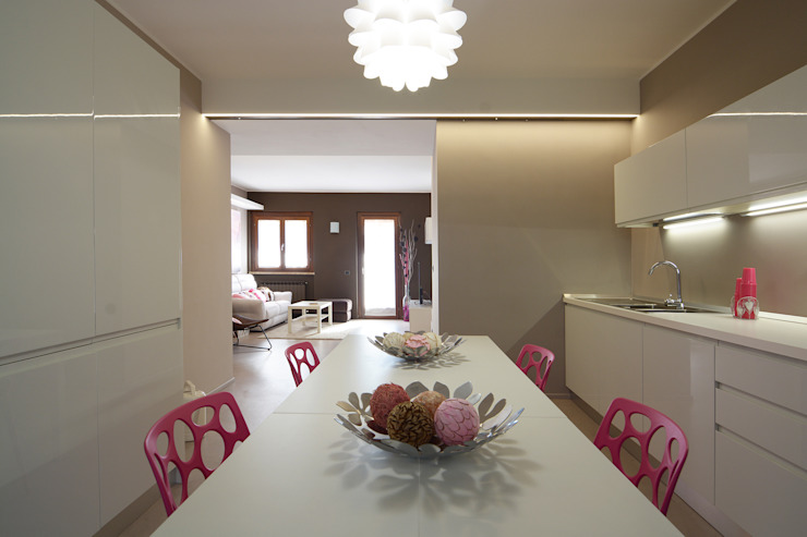 現代廚房設計點子、靈感&圖片 根據 Rachele Biancalani Studio 現代風
