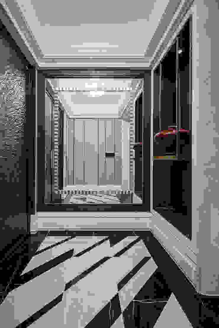 家是記憶的河 經典風格的走廊,走廊和樓梯 根據 大荷室內裝修設計工程有限公司 古典風