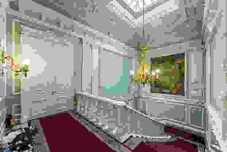 الممر والمدخل تنفيذ Belimov-Gushchin Andrey, كلاسيكي حجر