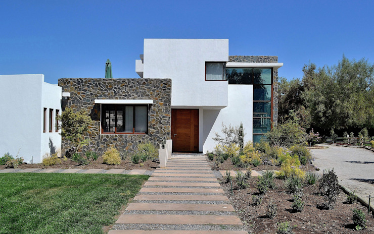 Modern houses by Marcelo Roura Arquitectos Modern Concrete