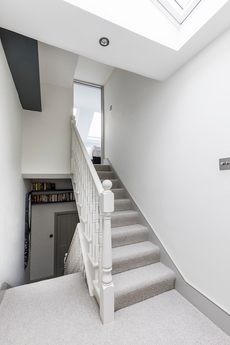 Dorothy Road Modern Corridor, Hallway and Staircase by Orchestrate Design and Build Ltd. Modern
