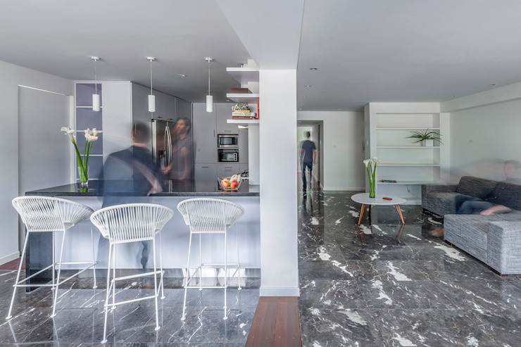 Apartamento LC CENTRAL ARQUITECTURA Comedores de estilo moderno