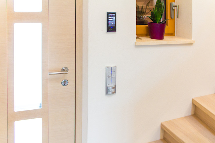 casaio | smart buildings Modern Windows and Doors