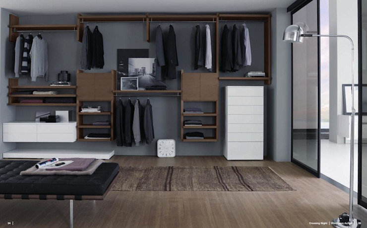 RUI BESSA INTERIORES BedroomWardrobes & closets MDF Multicolored