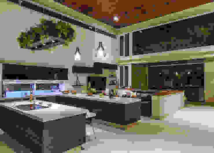 Cocina: Cocinas de estilo  por Loyola Arquitectos, Moderno