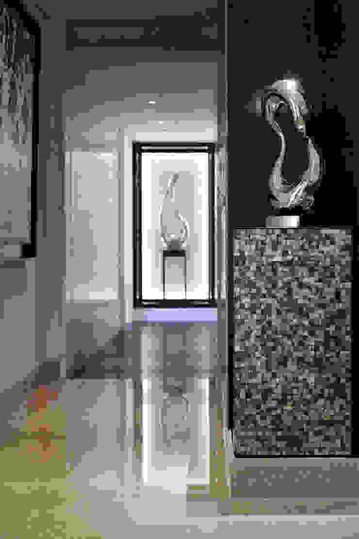 居悅 現代風玄關、走廊與階梯 根據 大荷室內裝修設計工程有限公司 現代風