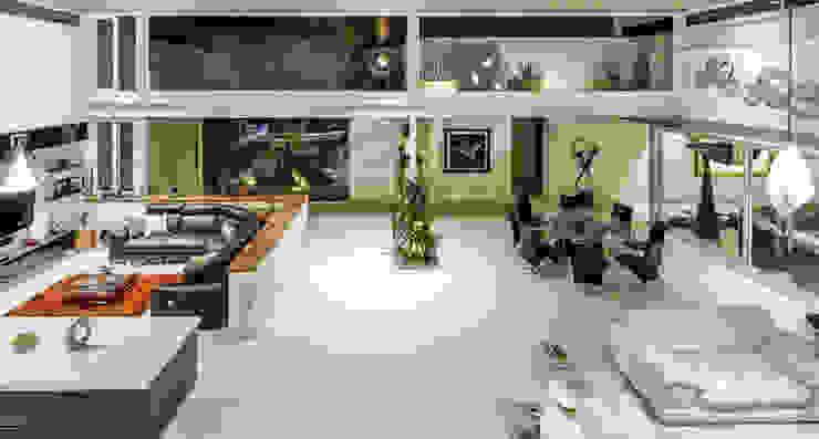 Estancia general Salones modernos de Loyola Arquitectos Moderno