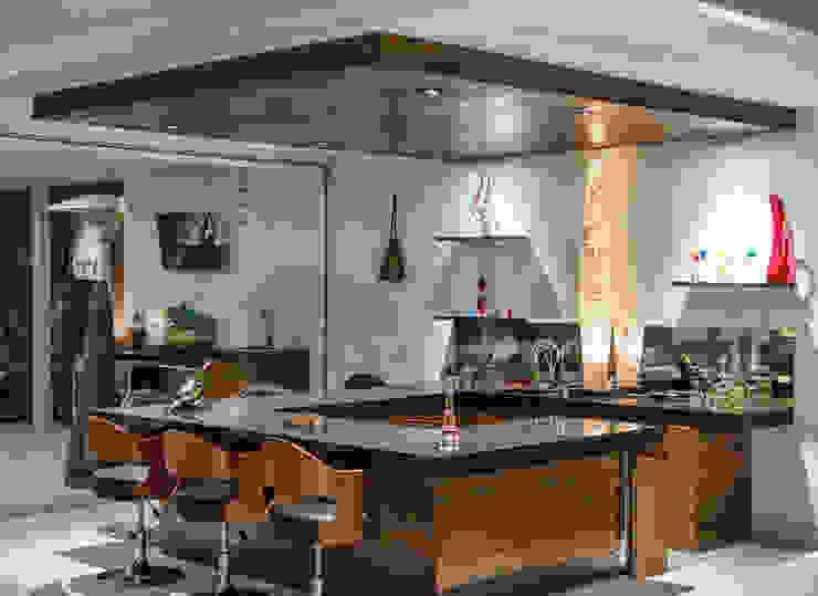 Bar Bodegas modernas de Loyola Arquitectos Moderno