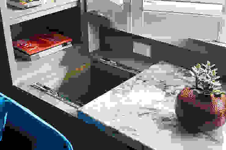 DYD INTERIOR大漾帝國際室內裝修有限公司 Garage/shed Marble Multicolored