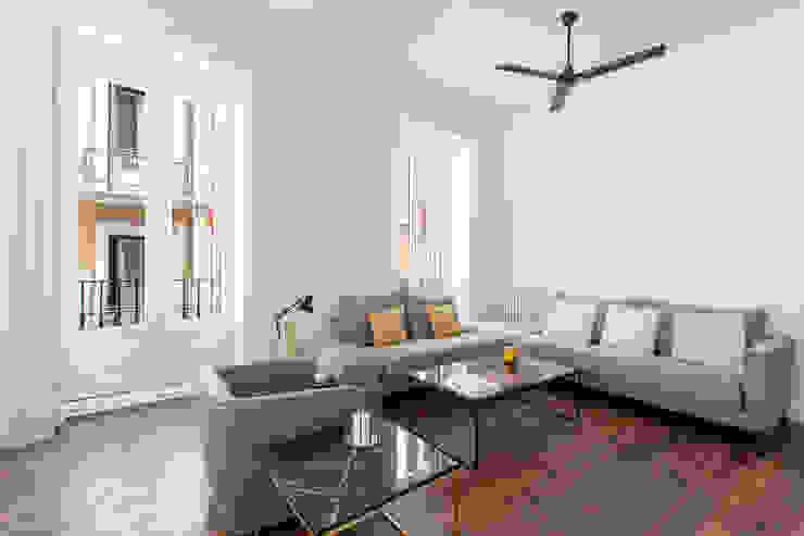 BELTÁ & FRAJUMAR Living roomSofas & armchairs