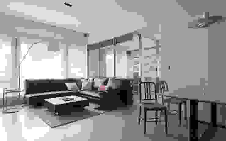 無印設計宅 根據 大荷室內裝修設計工程有限公司 簡約風