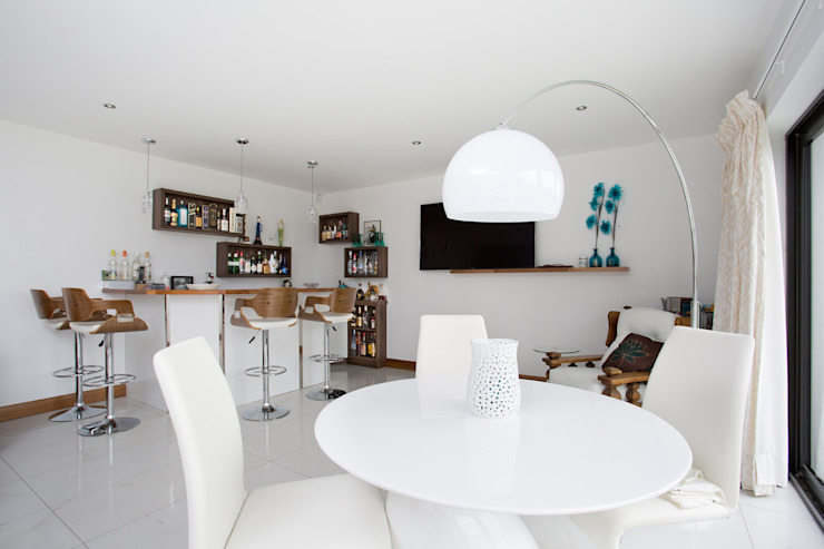 Dunadry House Salas multimedia de estilo moderno de slemish design studio architects Moderno