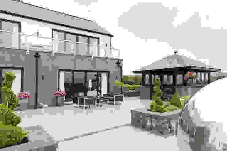 Dunadry House by slemish design studio architects Сучасний