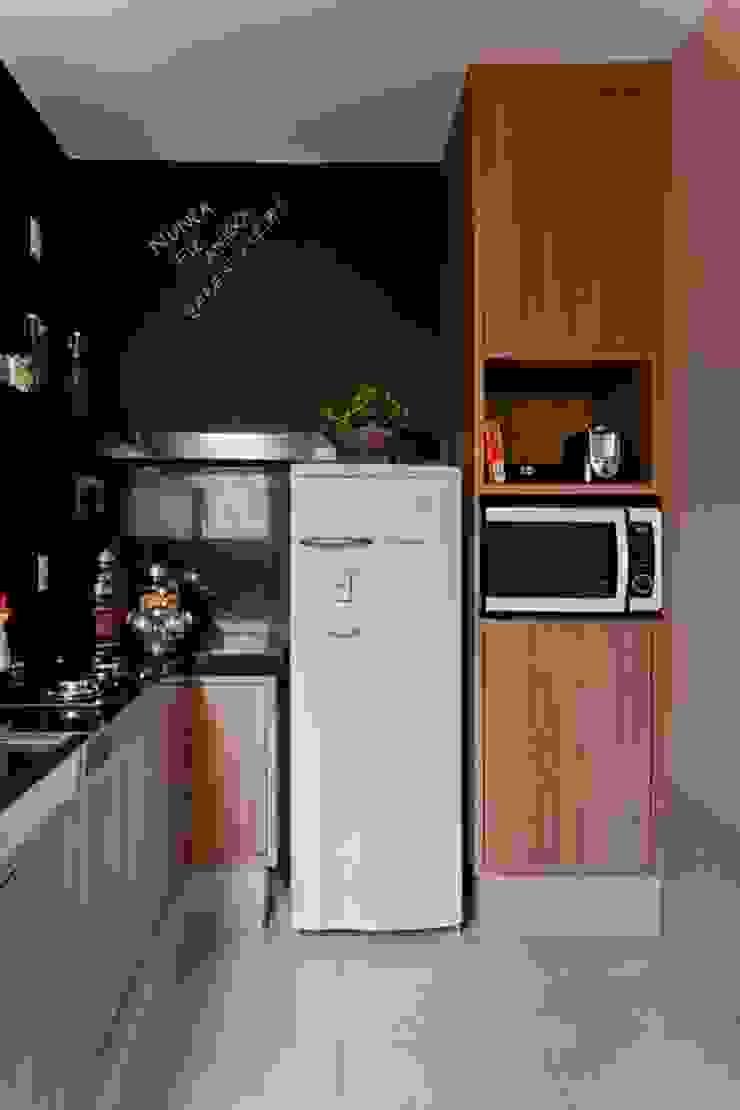 Cocinas de estilo moderno de Cia de Arquitetura Moderno