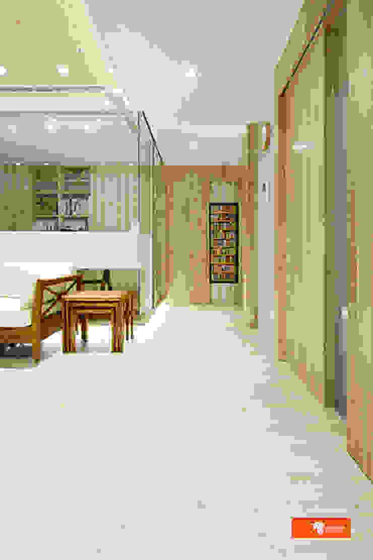 Pasillos, halls y escaleras escandinavos de Unicorn Design Escandinavo