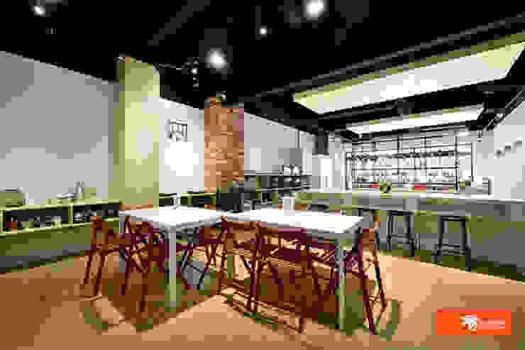 Bars & clubs originaux par Unicorn Design Éclectique