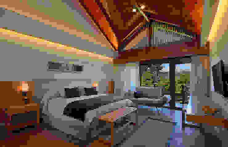 Habitaciones de categoria Hoteles de estilo moderno de INTEGRAR DISEÑO Moderno