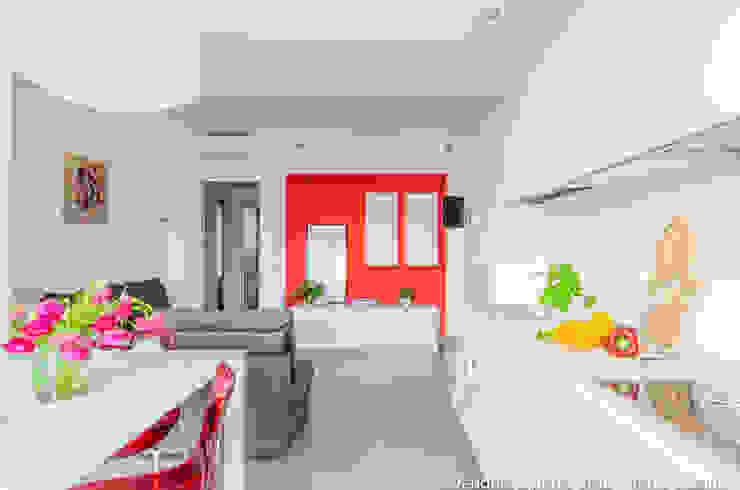 Cocinas modernas de Venduta a Prima Vista Moderno