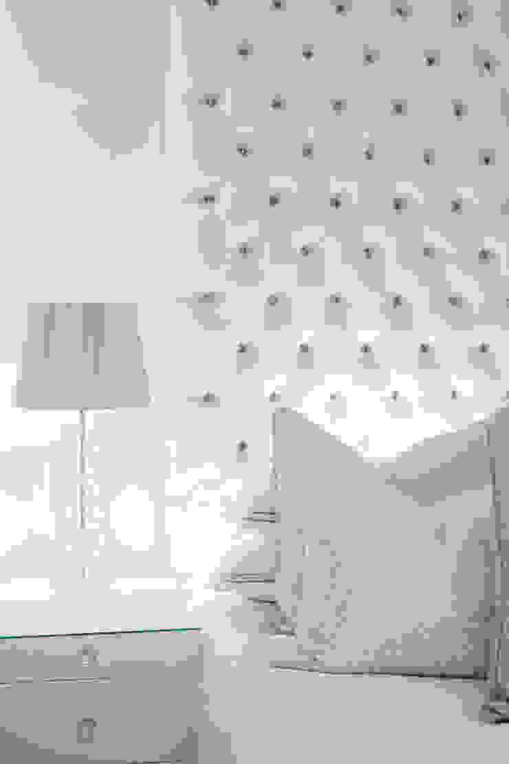 Main Bedroom Modern style bedroom by Tru Interiors Modern