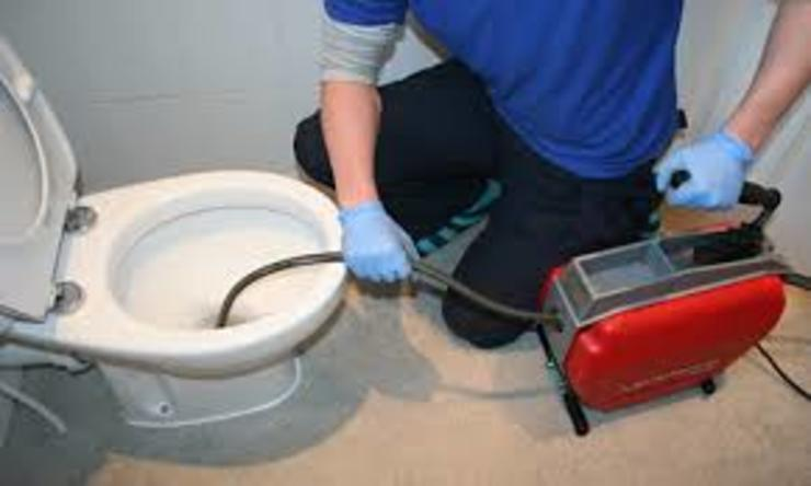 Toilet unblocking project 根據 Plumbers johnnesburg