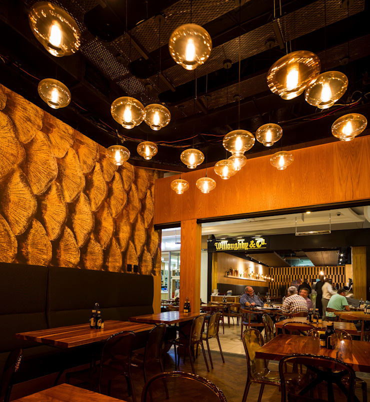 Willoughby's & Co - Restaurant Fine Dining area by Premiere Design Studio Eclectic