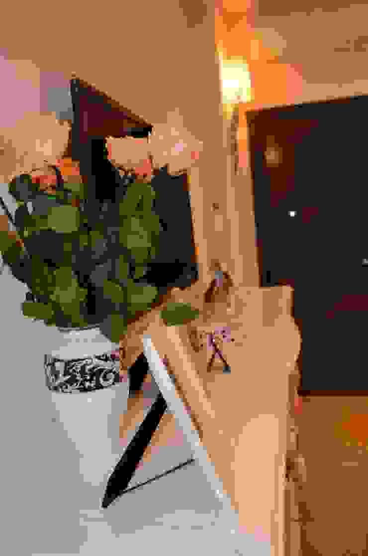 Modern style bedroom by Студия интерьера Дениса Серова Modern