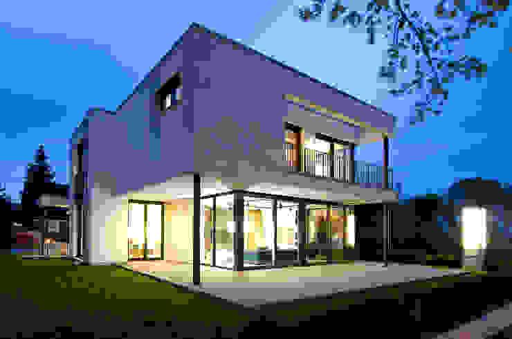 Heinz von Heiden GmbH Massivhäuser บ้านและที่อยู่อาศัย