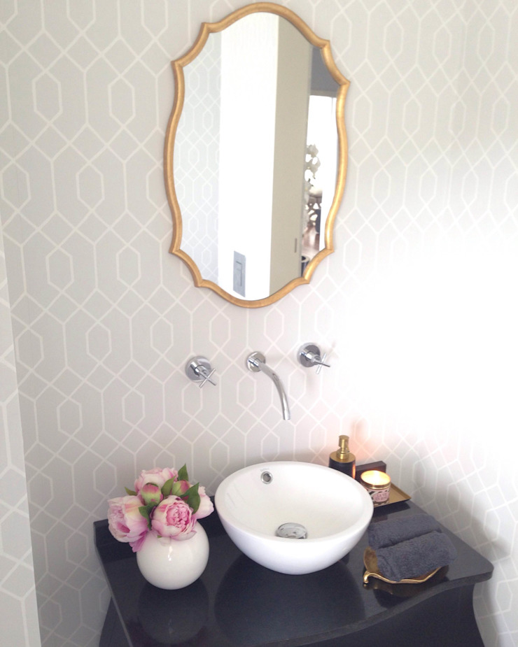 Classic style bathroom by Perfect Home Interiors Classic