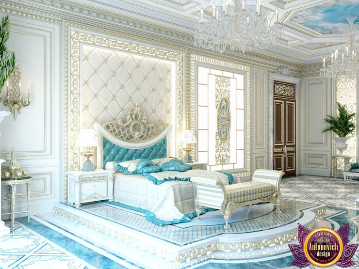 Palatial bedroom design of Katrina Antonovich Classic style bedroom by Luxury Antonovich Design Classic