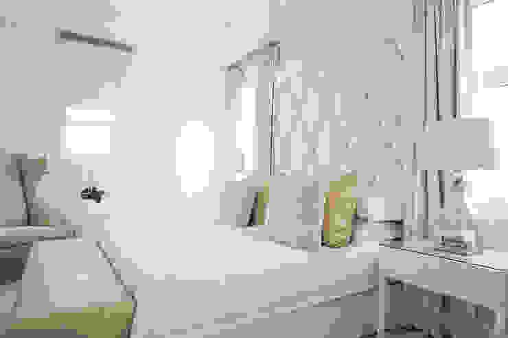 Guest Bedroom Modern style bedroom by Tru Interiors Modern