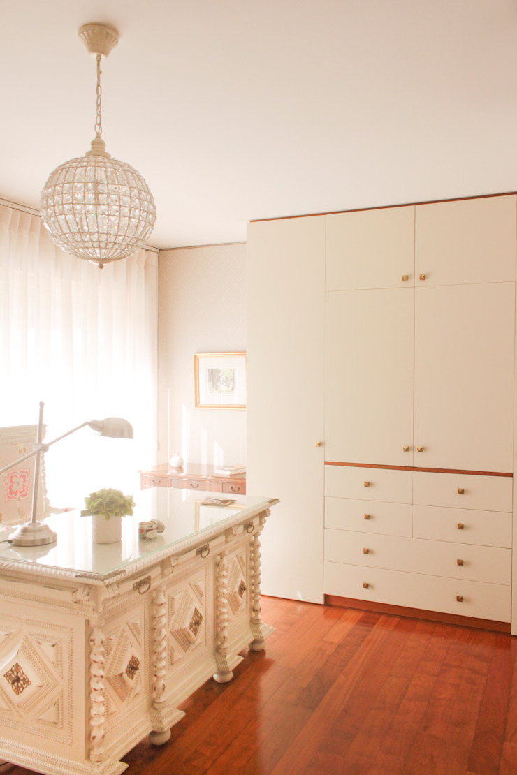 classic  by Perfect Home Interiors, Classic