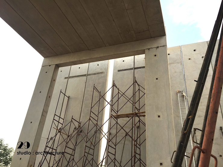 Inner Space at Gachibowli, Hyderabad - Information Center Minimalist houses by 29 studio Minimalist Concrete