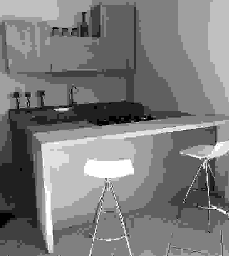 Vibo Cucine sas di Olivero Bruno e c. Modern style kitchen