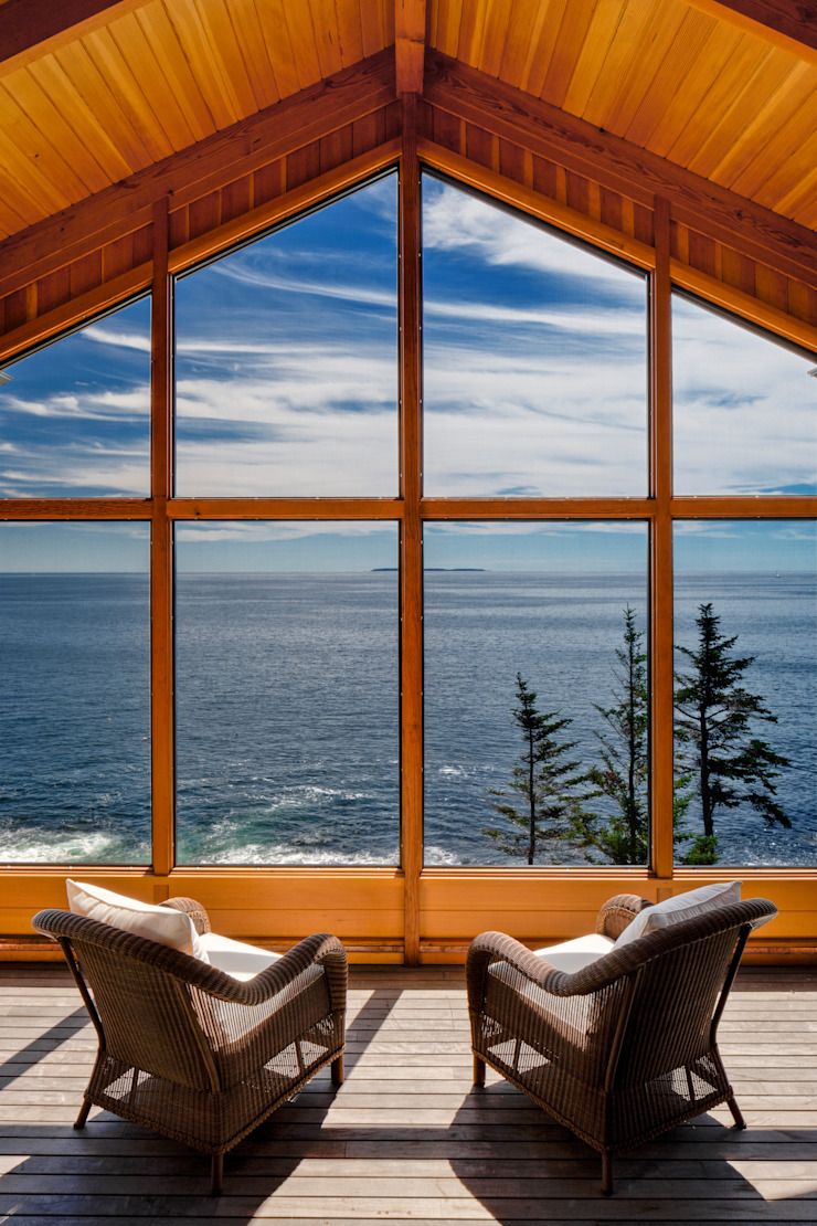 Bold Ocean Cottage - Screened Porch by John Morris Architects Classic Wood Wood effect