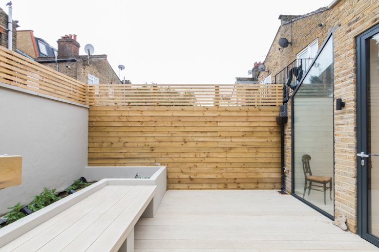 Major renovation, extension and loft. Fulham W6 Modern style gardens by TOTUS Modern