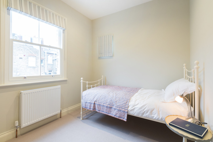 Major renovation, extension and loft. Fulham W6 Modern style bedroom by TOTUS Modern