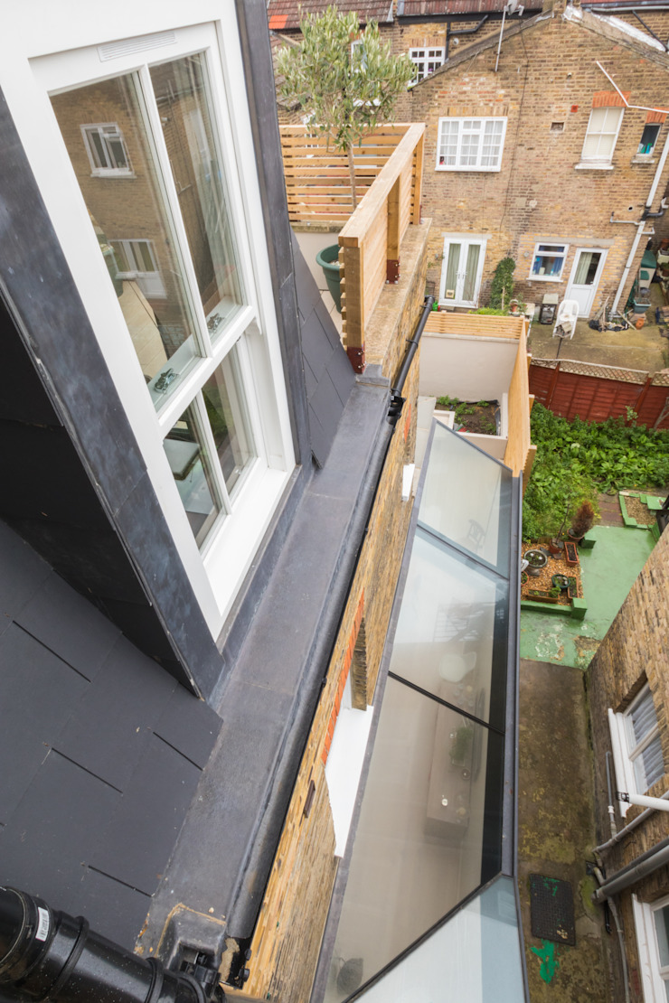 Major renovation, extension and loft. Fulham W6 모던스타일 주택 by TOTUS 모던