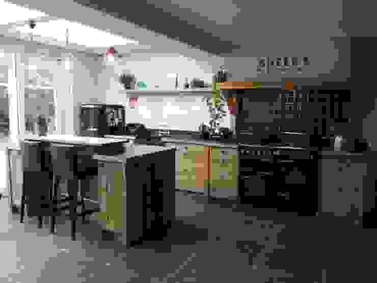 Nieuw Landelijke eiken houten keuken door de Lange keukens | homify HU-68