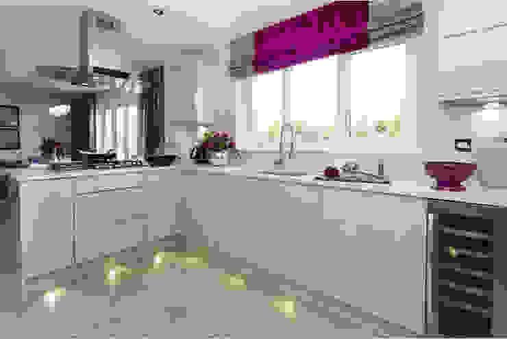 Cocinas de estilo  por Graeme Fuller Design Ltd, Moderno