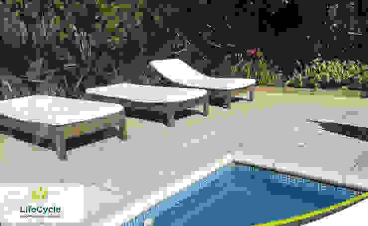 Instalación Deck Libre de Manteniento en Barrio Santa Barbara Paredes y pisos rústicos de LifeCycle Eco Decking - Deck Libre de Mantenimiento Rústico Compuestos de madera y plástico