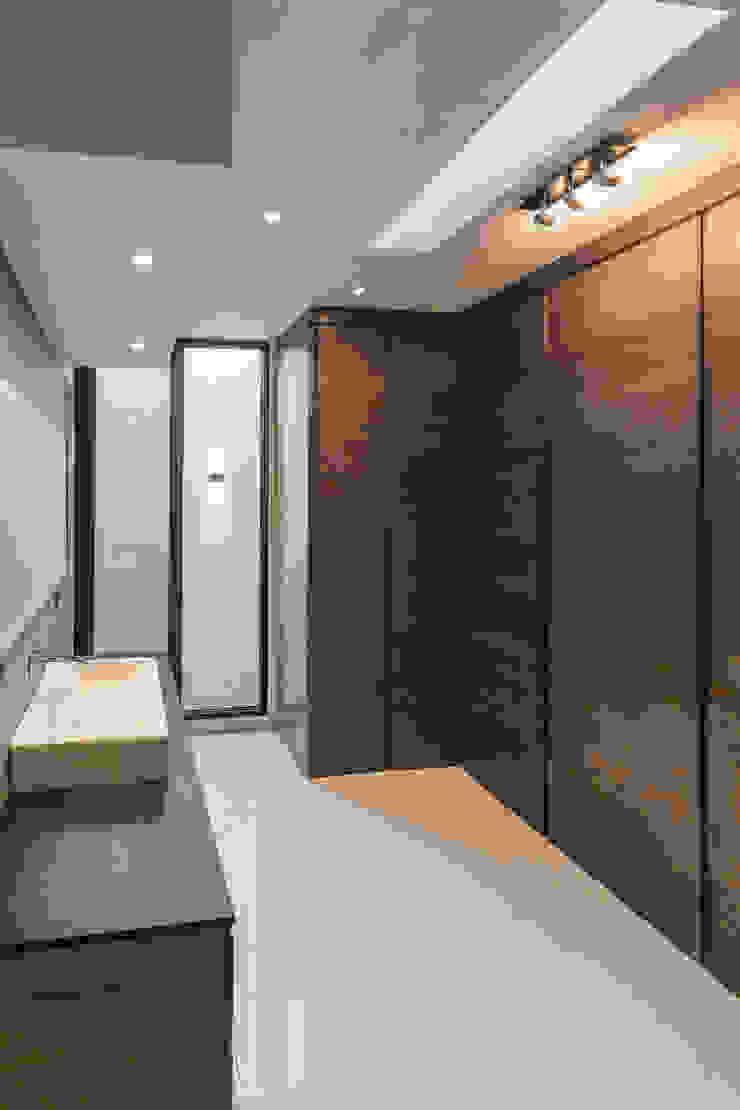 2M Arquitectura Spogliatoio moderno