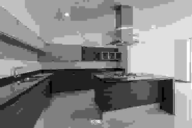 2M Arquitectura 現代廚房設計點子、靈感&圖片 花崗岩