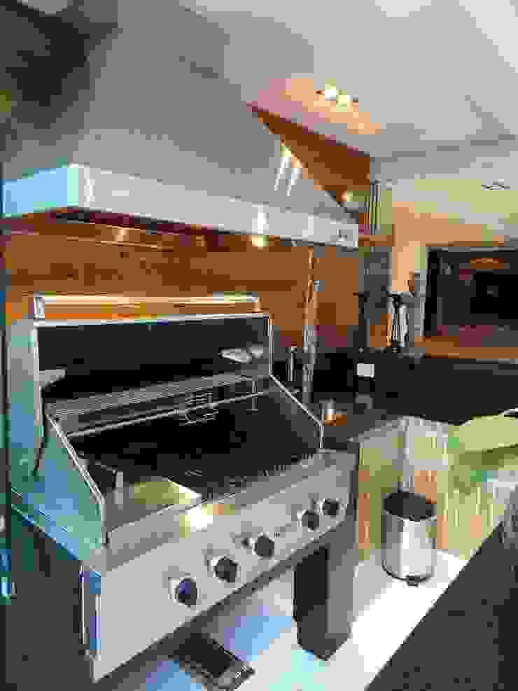 05_Projeto de Interiores Cozinhas modernas por Paula Carvalho Arquitetura Moderno