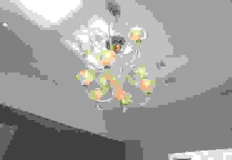 RYDENS ROAD Salon classique par Concept Eight Architects Classique