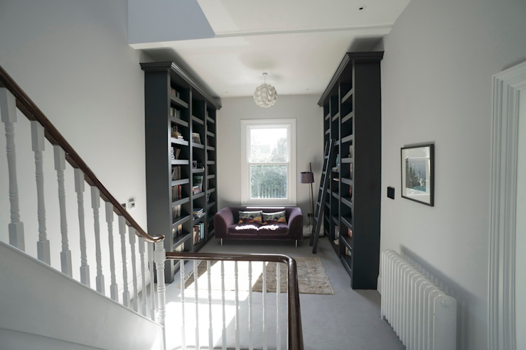 RYDENS ROAD Couloir, entrée, escaliers classiques par Concept Eight Architects Classique