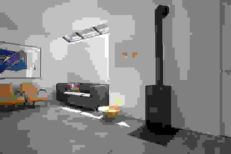 Lichtstraatje Moderne huizen van De E-novatiewinkel Modern Hout Hout